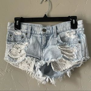 CARMAR for LF   denim and lace cut off shorts 839
